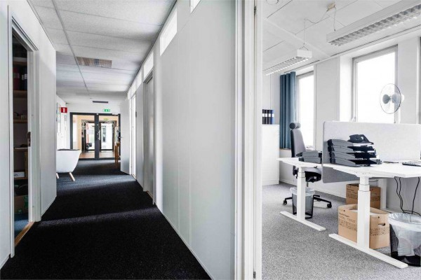 Första Långgatan 28B, Göteborg, Kontor